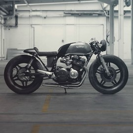 Hookie Co. / Nico Mueller - killer / HONDA CB750