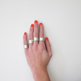 Kat Seale  - Set of 4 Rings, Brushed Silver
