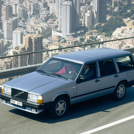 VOLVO - The Volvo 740 Turbo estate