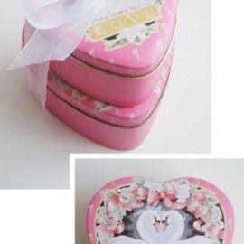 "ENESCO - 1980's ""ENESCO SWAN LOVE"" Heart Shaped Metal Tins【2点set】"